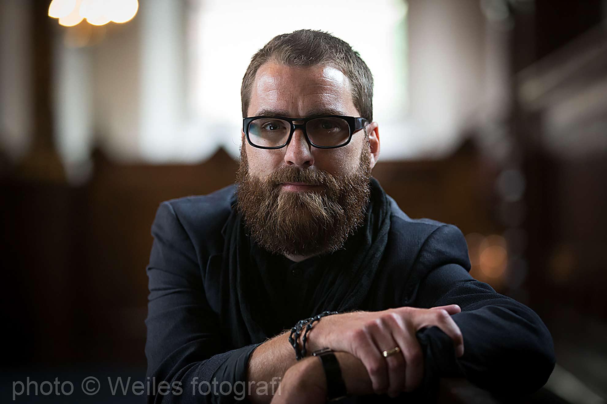 En ikke helt almindelig folkekirkepræst: Portræt af Nattepræst og Sognepræst i Hellligaandskirken i København